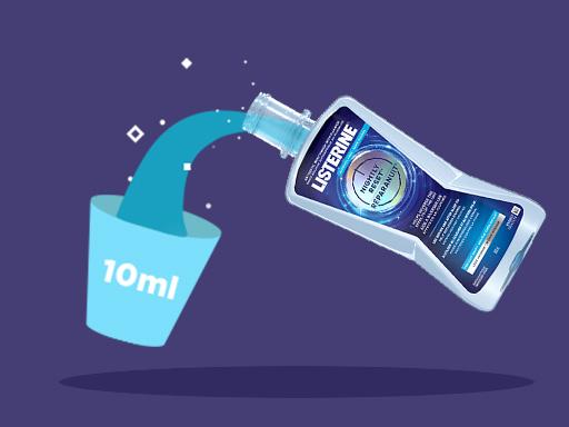 routine de soins dentaires pour la nuit de Listerine, étape par étape